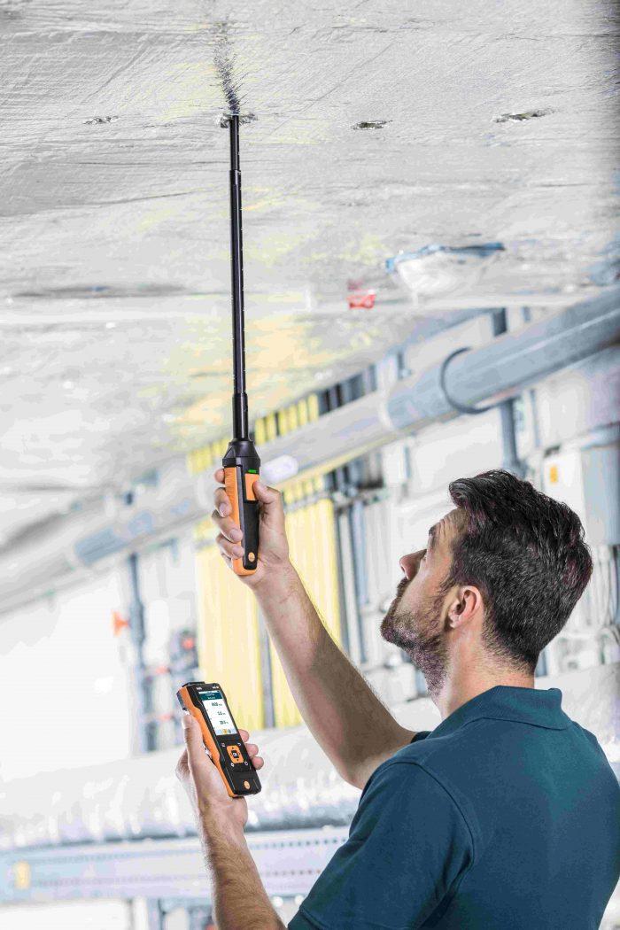 testo-440-0635-1571-Hot-wire-probe-with-Bluetooth-incl-temperature-and-humidity-sensor-V8-de